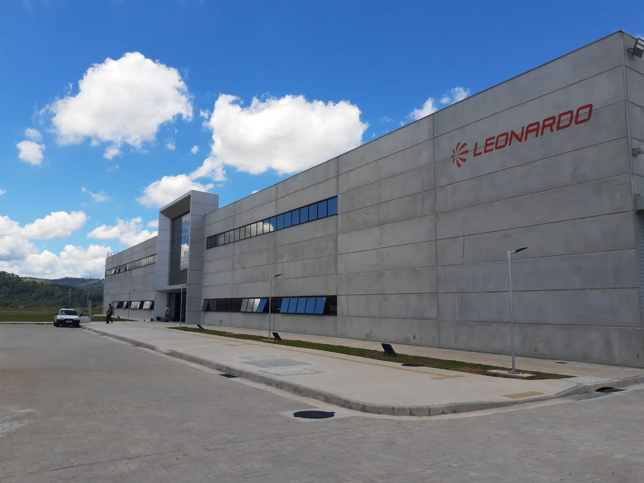 leonardo company projeto de hangar aviação 6